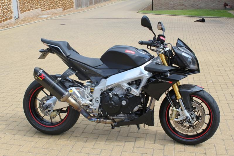 Aprilia Tuono V4R Attachment