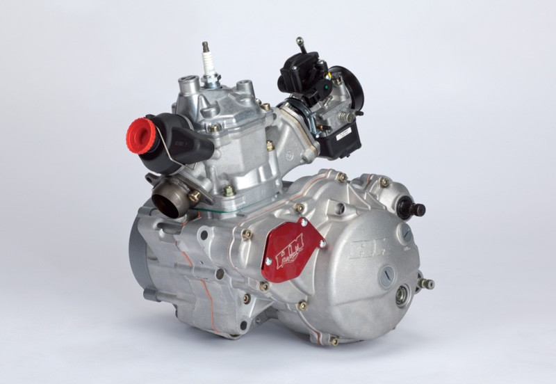 HM CRE 125 2t, rotax 122?