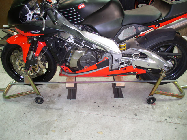 How to check for frame/swingarm fork alignment?