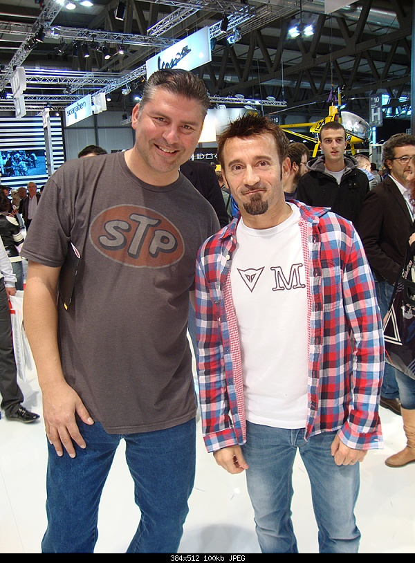 Click image for larger version.  Name:Milan EICMA Show with Max Biaggi.jpg Views:6 Size:100.4 KB ID:388508